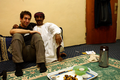 This guy invited Joerg and me to have coffee and dates with him in his house. Arab hospitality :).