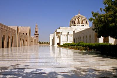 Sultan Qaboos mosque in Muscat