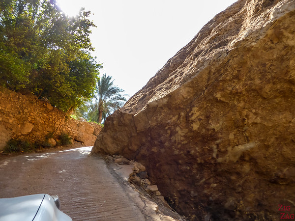 Driving in Wadi Tiwi - Oman 5