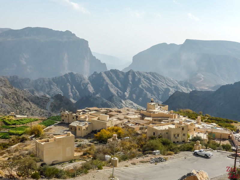 Oman day tours to Jebel Akhdar from Muscat