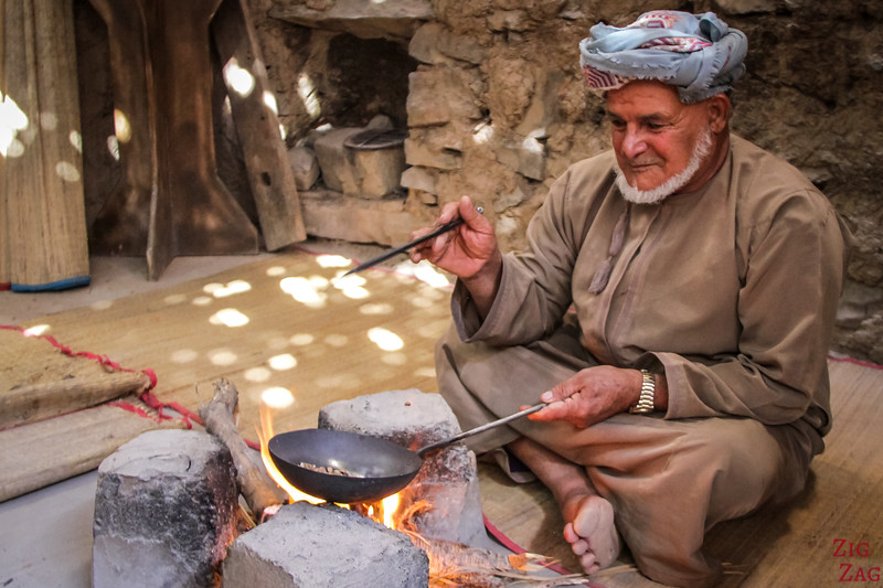 Bait Al Safah, Oman - roasting coffee beans 4