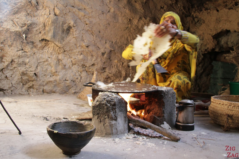 Bait Al Safah, Oman -  cooking bread