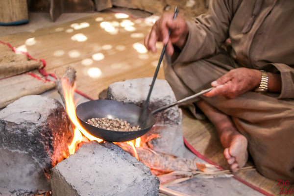 Bait Al Safah, Oman - roasting coffee beans 3