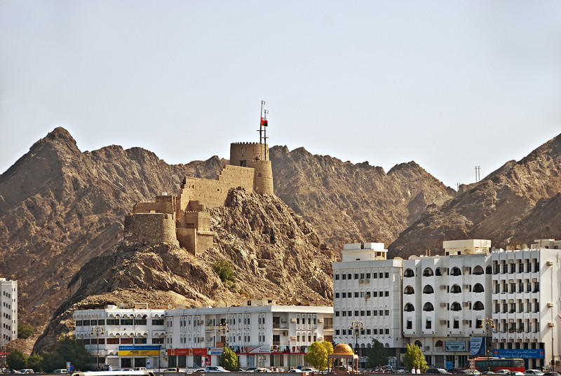 View along the Corniche, Mutrah.