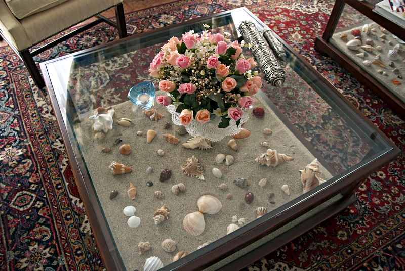 Shell table, Bosch Villa, Haramel.