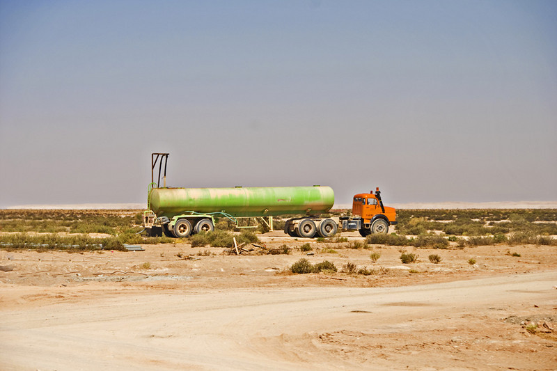 Tanker truck on the road to Ubar