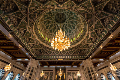 Grand Ceiling and Chandelier