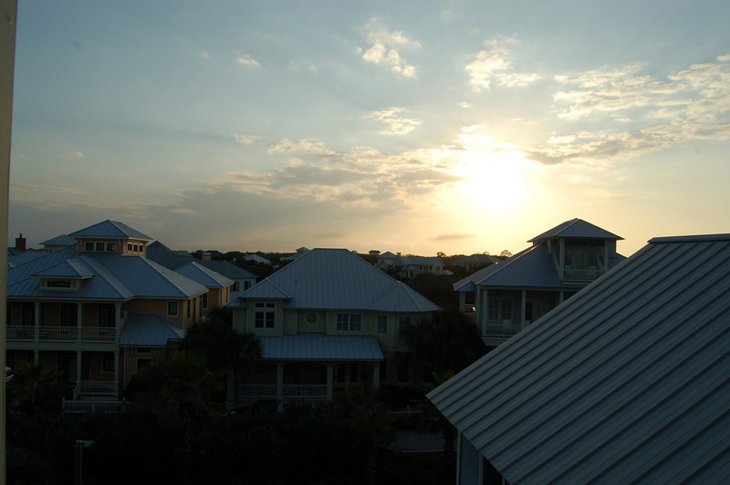 sunset view from the crowsnest 3rd floor deck