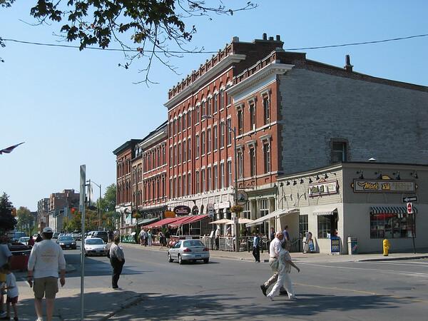 Kingston (2004)