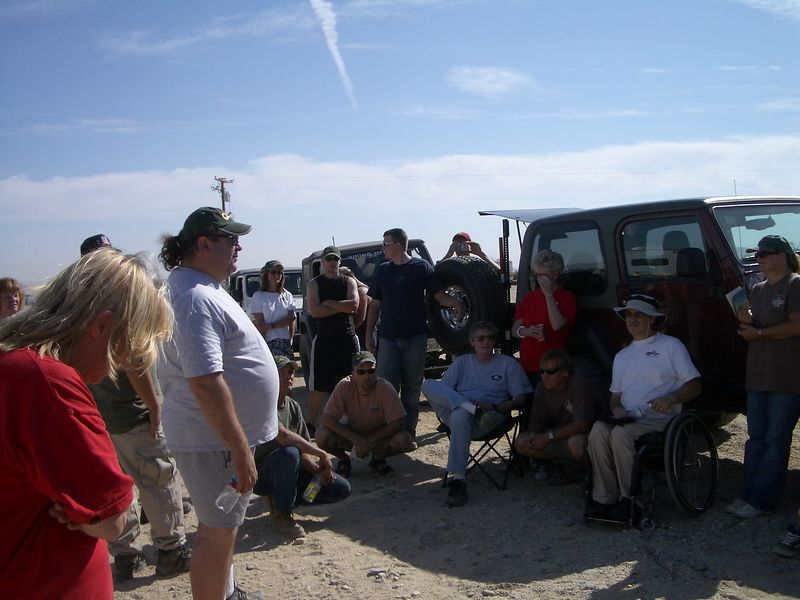 10/15 10:00 a.m. We gathered for our driver's meeting. Roger explained the plan for our Veteran's run.