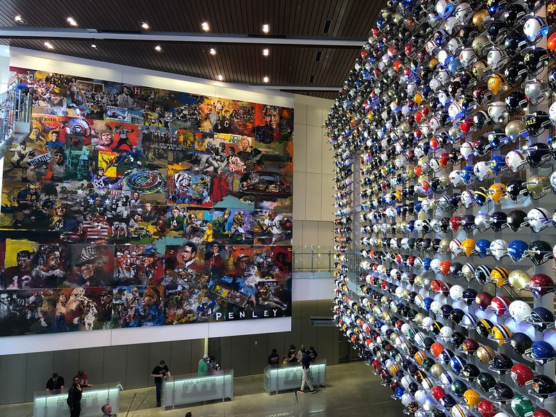 College Football Hall of Fame = Atlanta, Georgia