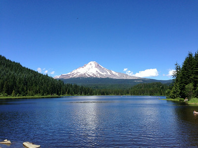 Trillium Lake with a view of Mt. Hood