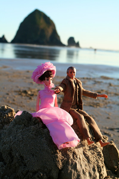 It's Rex Harrison AND Audrey Hepburn!  What the hell?  They must be on vacation, too!