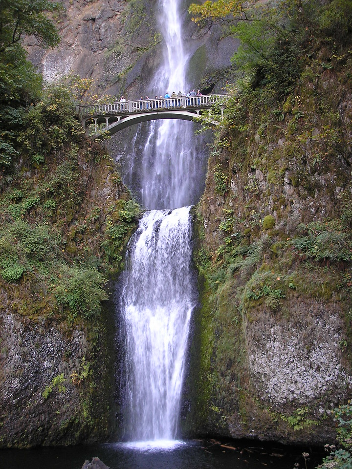 On our way south from Spokane, Washington we stopped at Multnomah Falls.  It is along I-84 along the Columbia River in Oregon.  BEAUTIFUL!!