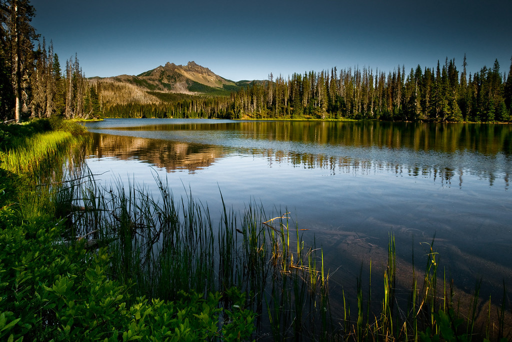 Three finger Jack and alpine lake, Oregon