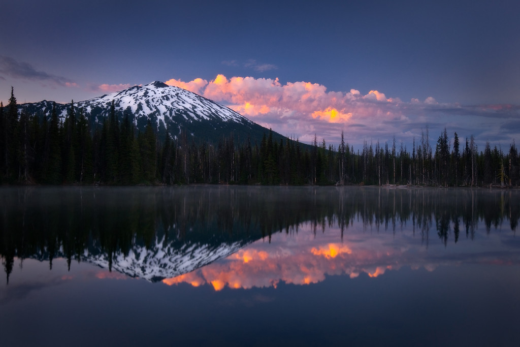 Mt. Bachelor and sunrise at Sparks lake.