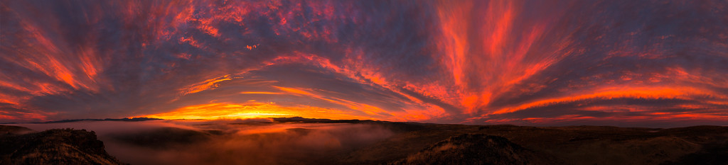 Hells Canyon sunrise panorama
