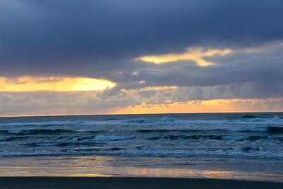 Pacific Ocean - Sunset - Winchester Bay - Oregon Travel Photography - USA