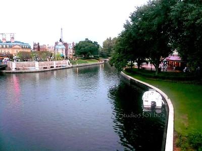 Epcot river 1