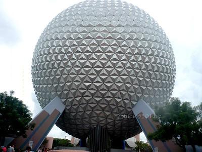 Epcot Globe 890