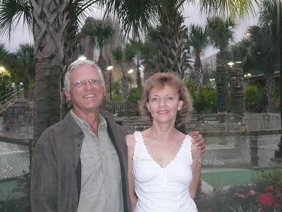 Bill and Pat near Tiki's