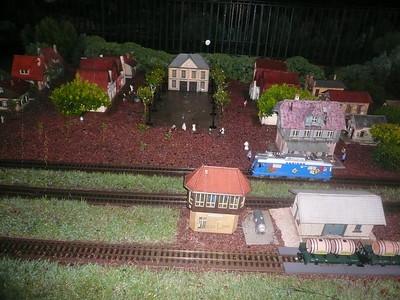 Epcot miniature  train