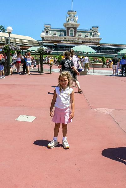Disney-Madison May 2006 008