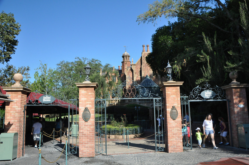 Ahh, the Haunted Mansion!