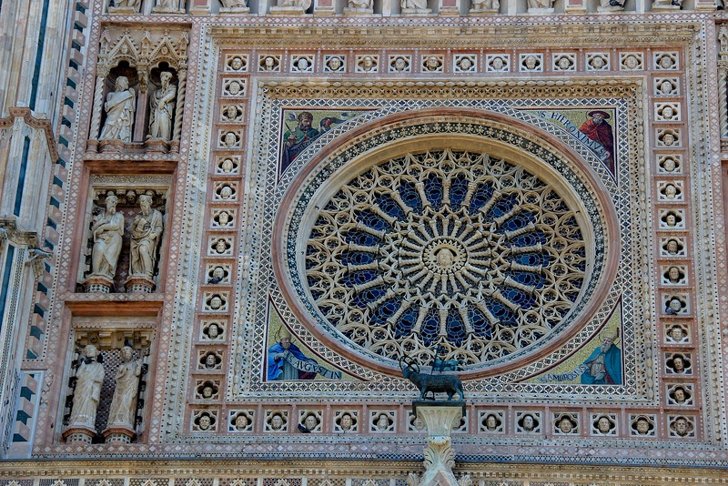 Even this closeup of the Rose window does not show all detail, such as the faces of the 52 different lifesize heads that surround it.
