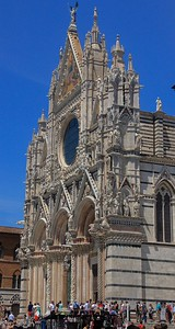 Siena Cathedral from the side shows the 3 dimensional detail of the facade.