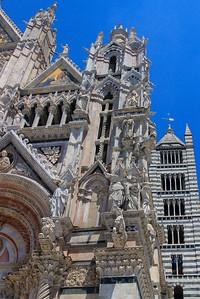 Maybe the most elaborate corner treatment of any Italian church.