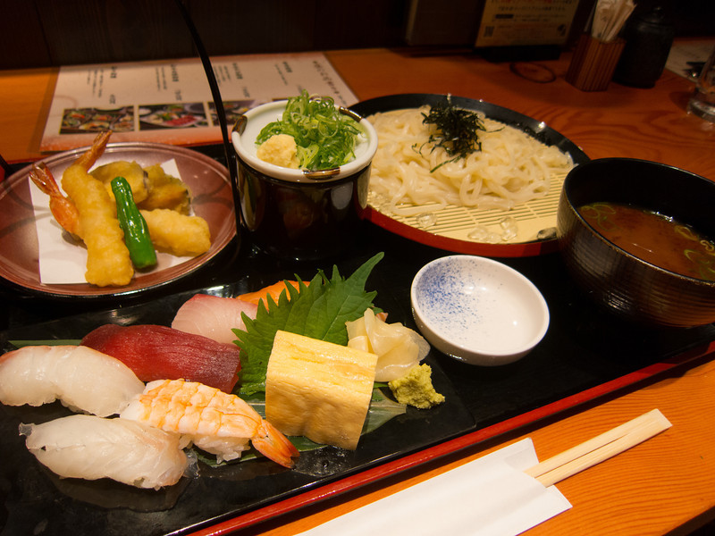 Lunch in Kyoto! Sushi and sashimi, tempura, cold udon noodles and miso soup.  I've really started to like cold noodles now that I know what to expect!