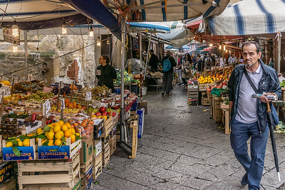Another market scene in Palermo