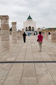 _DSC0370_mausoleum