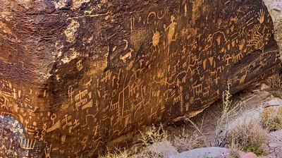 Petroglyphs 043016-0061