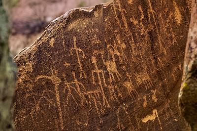 Petroglyphs 043016-0044