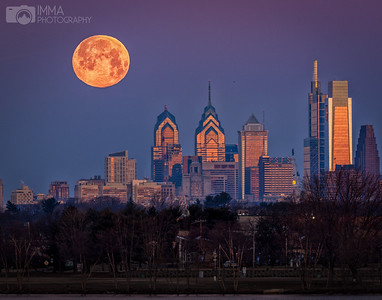 Moon over Philly 1