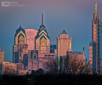 Moon over Philly 3