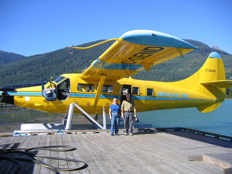 On the way up a guide sold us on taking a 1 hour float plane tour. This was our plane.
