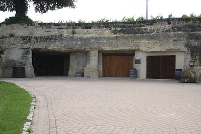 Chateau Franc Mayne has nearly 4 acres of old limestone quarries beneath its vineyards. The quarries were mined in the 18th century to build the great buildings of Bordeaux. The winery does use the constant 12C atmosphere to age its wines.