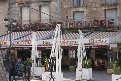 Jacques wife joined us for lunch at Pezenas' Brasserie Moliere - yes, that Moliere.
