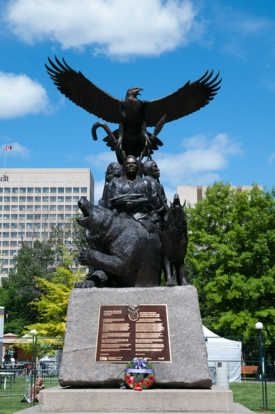 Satue to the Aboriginal War Veterans of Canada