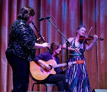 Joanie, Mary and fiddler Nollaig Casey.