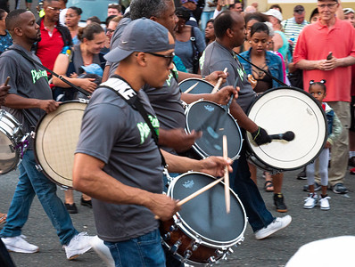 Dancers and drummers entertained us on Front Steet's Wednesday night fair.