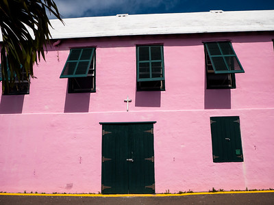 Pink house. White Roof.