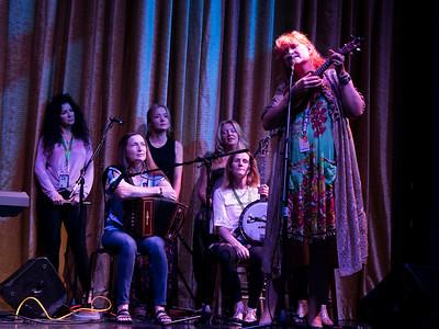 Wonderful singer, Eddi Reader with her ukelele—a dramatic performance.