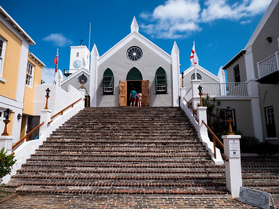 This beautiful little church, St. Peter,s,  has an ancient graveyard on both sides that contains the remains of African free persons and slaves as well as indigenous slaves.