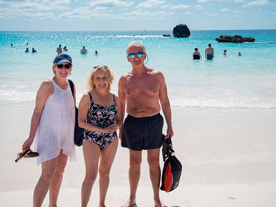 Two new friends pose with Stacey: Maureen and Dennis. We met them on the minibus to the beach.