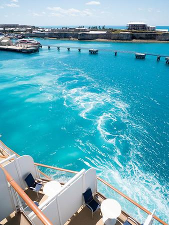 Bermuda is receding as we pull away.