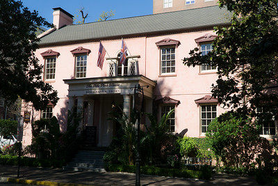 The Olde Pink House is a restaurant in a beautiful old Savannah home. Dinner is served in elegant rooms within.